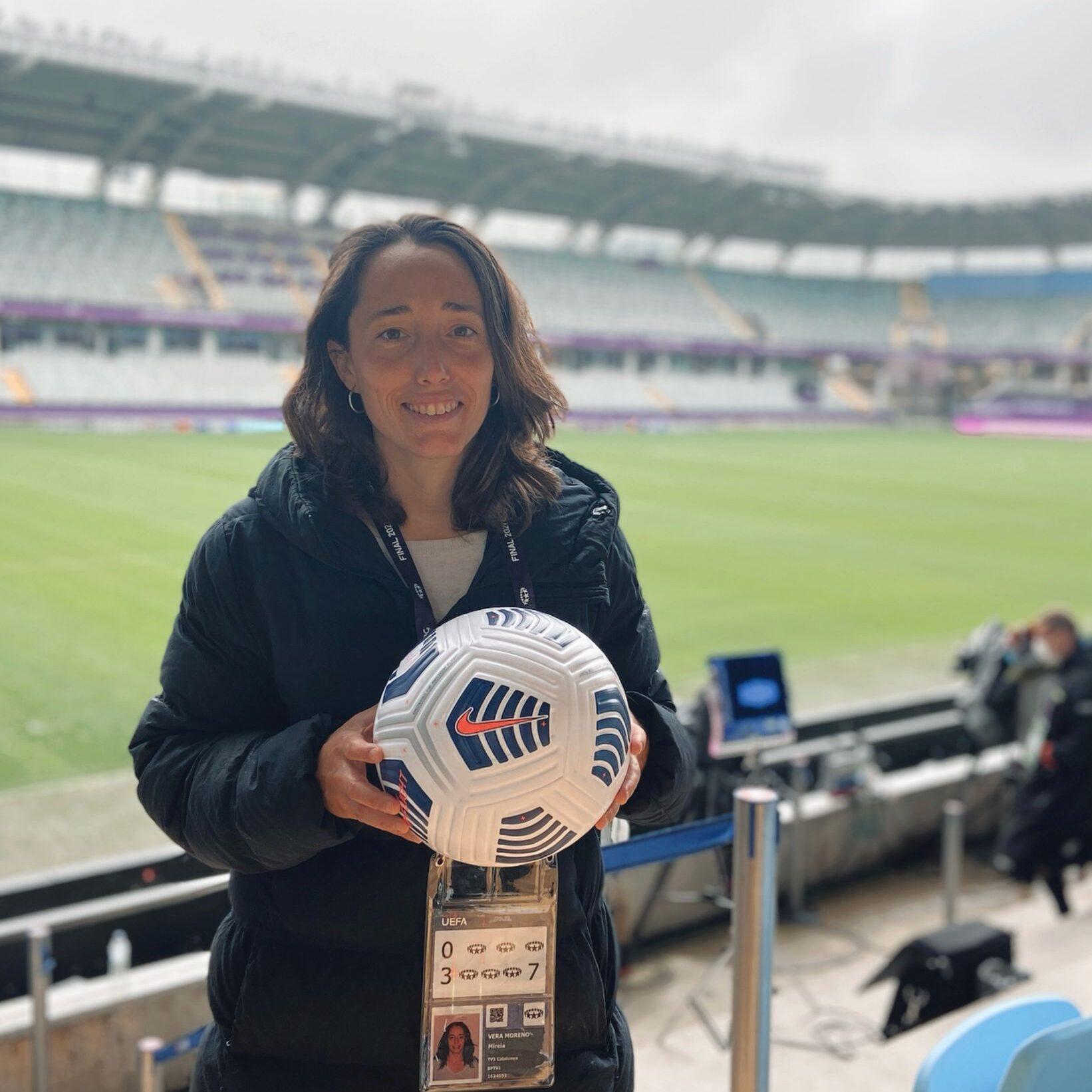 Mireia Vera entrenadora i analista de futbol femení